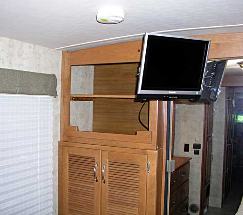 Different angle of the TV installation