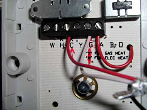 thermostat_wiring swap out of a stock winnebago dimensions inverter charger for a Wire Harness Assembly at n-0.co